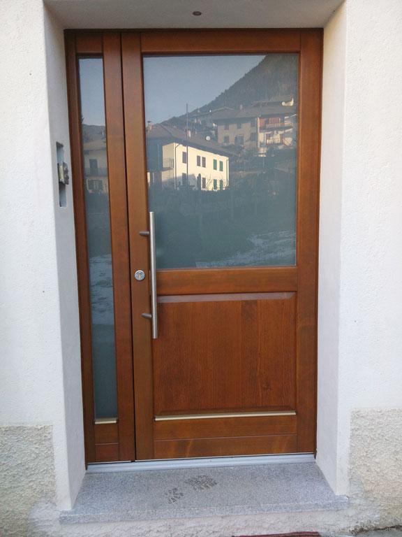 Portoncini e porte d 39 ingresso falegnameria eccher for Stili di porta d ingresso per case di ranch
